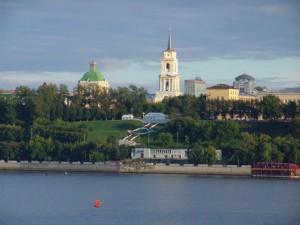 Пермь. Вид Речного вокзала с Камы
